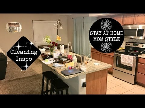 KEEPING YOUR HOUSE CLEAN ALL DAY // SAHM TIPS