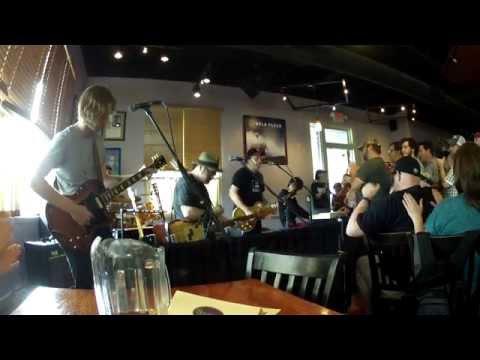 Video: Jason Isbell at Horizon Records 4/18/15