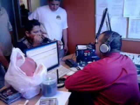 maxximos de sinaloa en entrevista en la radio en mexicali (toritoo).3gp