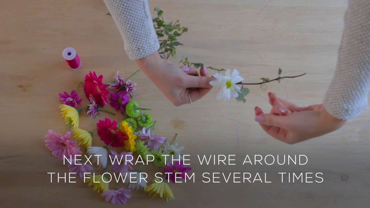 How to make a flower crown with fresh flowers youtube how to make a flower crown with fresh flowers izmirmasajfo
