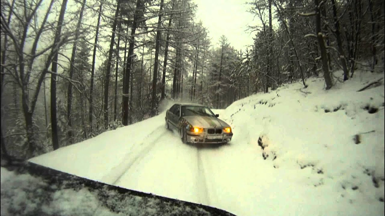 Snow Drifting Paradise Bmw Axel Francois By Raptor Crew Hd
