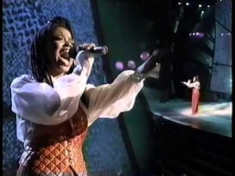 Shanice Wilson - Peace In The World mp3 indir