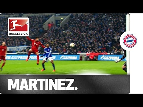 Javier Martinez - Bayern Centre Back Shows Striking Prowess