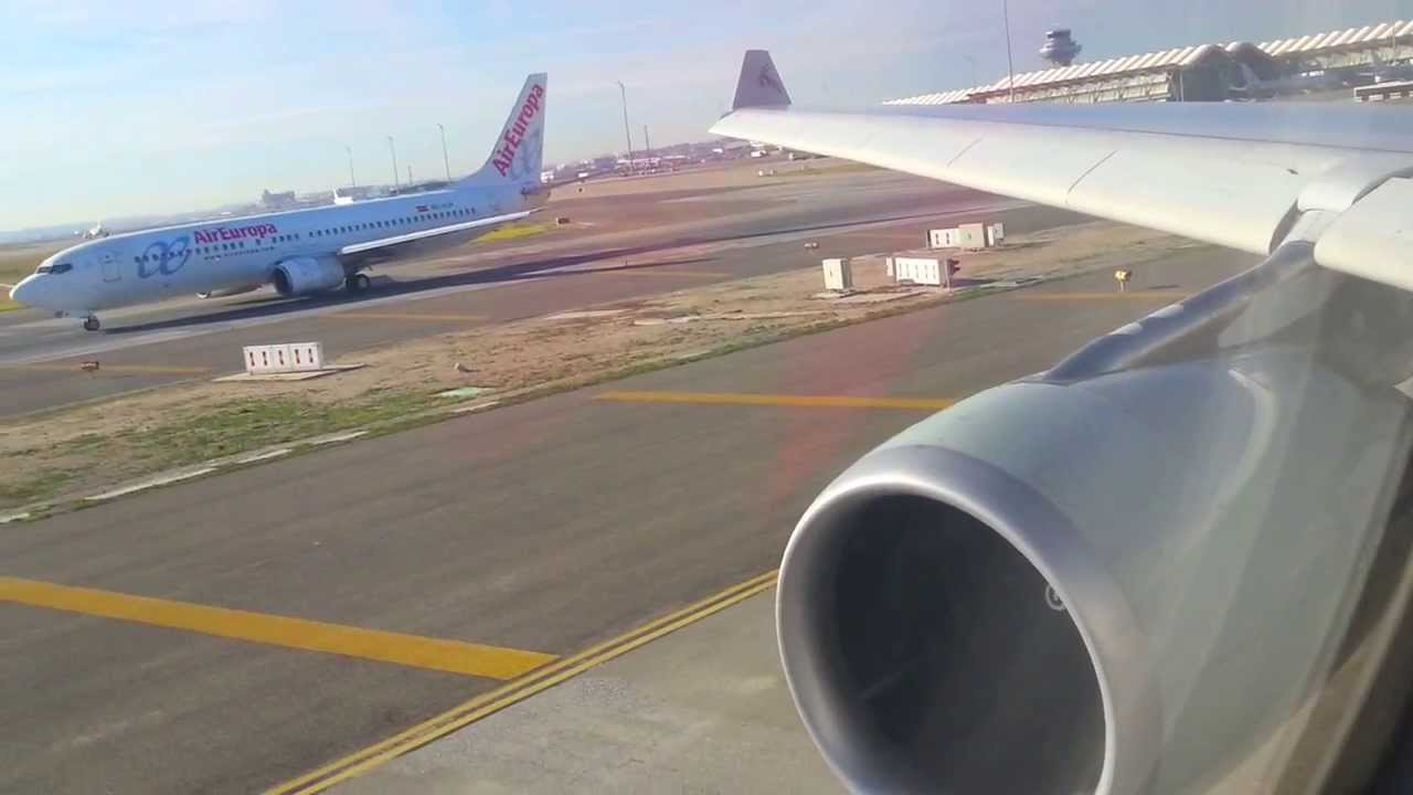Qatar airways a330 200 takeoff madrid barajas airport for Oficina qatar airways madrid