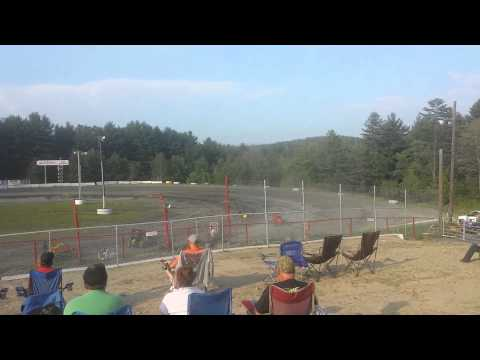 Mini sprints at Bear Ridge Speedway in Bradford VT