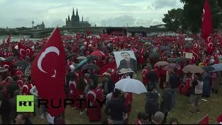 أنصار أردوغان يحتجون في كولونيا الألمانية (مباشر)