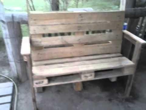Sillon de madera con tarimas youtube for Como hacer una piscina con palets