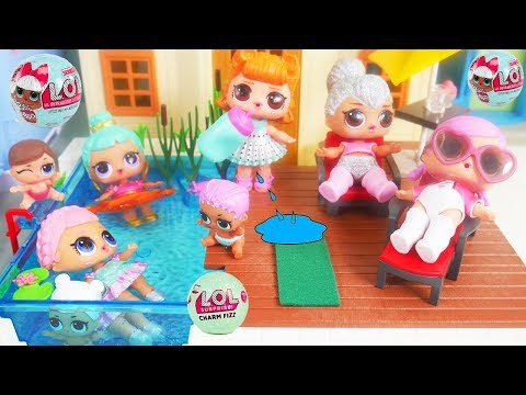 LOL Surprise Dolls + Lil Sisters at Playmobil Pool