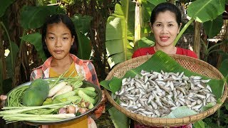 Awesome Cooking Small Fish With Vegetables Healthy food  Cook Fish Recipes  Village Food Factory