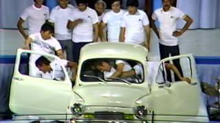 ¿Cuántas personas caben en el Fiat 600? | Sábado Gigante