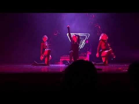 Ляйсан зажигает на сцене
