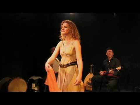 Katerina Vlahou Chansons et danses traditionnelles grecques à Paris - Musique grecque