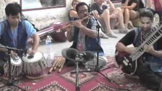SUR SUDHA - NEPAL - Turquoise Production & Arts Nomades - 2