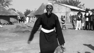 MALI SADIO Toumani Diabaté / Mangala Camara clip de Sophie Comtet Kouyaté 2002