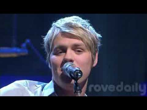 Brian Mcfadden - Twisted live on Rove