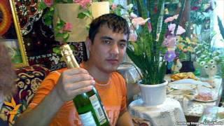 Uzbek Ўзбекистонлик яна бир