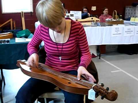 Anna at Pocono Winter Dulcimer Festival