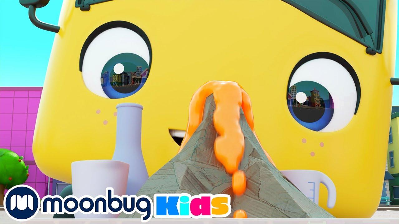 Buster y el Exprimento Científico - Go Buster | Caricaturas para Niños | Moonbug en Español
