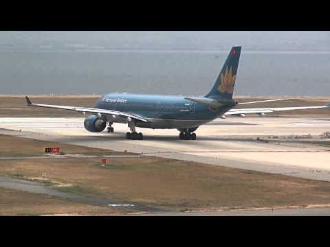 Vietnam Airlines Airbus A330-200 VN-A377 Takeoff - Kansai International Airport