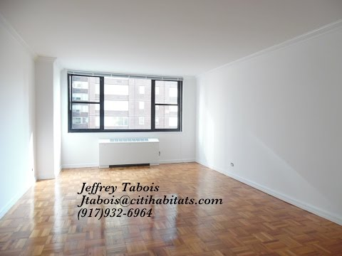 Luxury apartment living Manhattan NYC $2800 billionaires Row