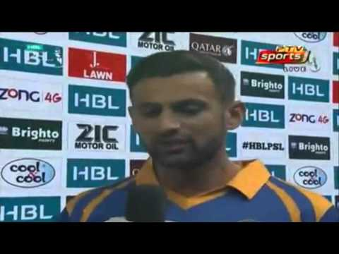 Winning Captain Shoaib Malik Talk to Rameez Raja But No Award for M Aamir?