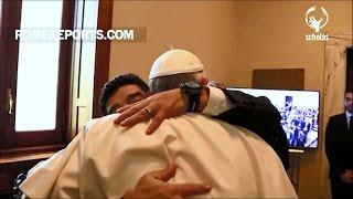 Đức Giáo Hoàng Phanxico gặp gỡ huyền thoại bóng đá người Argentina, Maradona