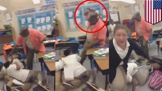 Nauczyciel przerywa bójkę uczniów atakując ich pasem