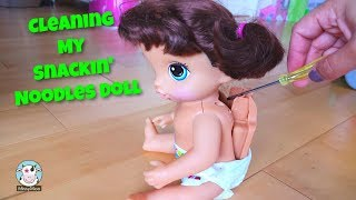 Baby Alive Cleaning What's inside a Baby Alive Snackin Noodles Doll?