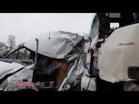 7.04.2017 Bierutów – wypadek busa i ciężarówki