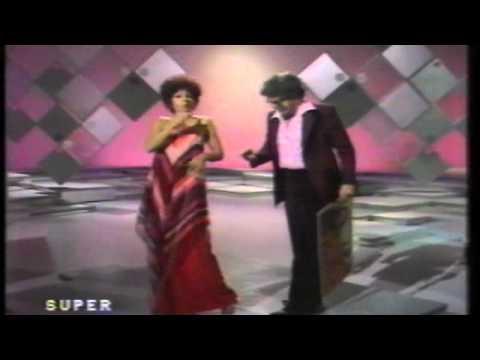 Shirley Bassey &  Rolf Harris Tie me kangaroo down