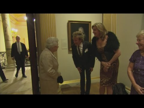 The Queen meets Sir Rod Stewart, David Walliams and Sir Lenny Henry