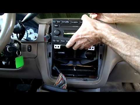 Ford Explorer 02-05 Radio Removal