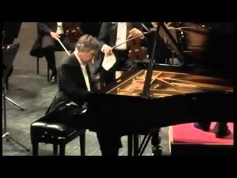 Eugen Indjic plays Rachmaninov Piano Concerto No 3