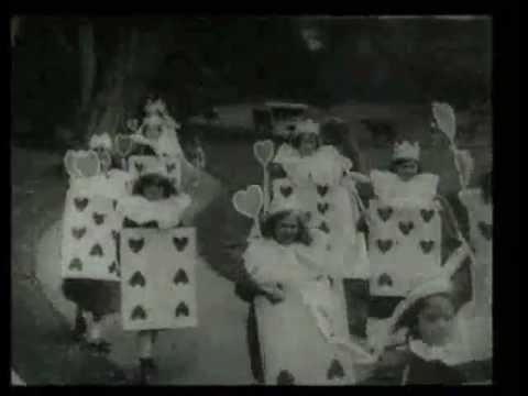 『不思議の国のアリス』で最古の映画作品。 『ふしぎの国のアリス』(1903) 執筆者:大久保ゆう(November 14, 2008) ※この映画は著作権が失効し...