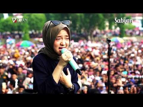 Deen Assalam - Sabyan Gambus Live Alun Alun Kajen Pekalongan