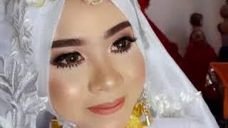 Download Yeni Chan makeup & rental kebaya