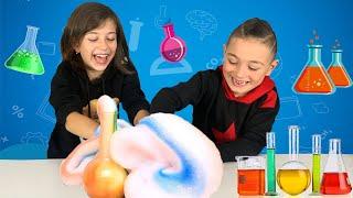 ემილია და თემუკა ატარებენ ქიმიურ ექსპერიმენტს