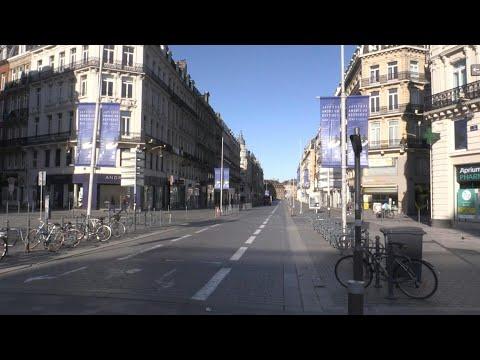 Coronavirus: rues désertes de Lille en plein confinement | AFP Images