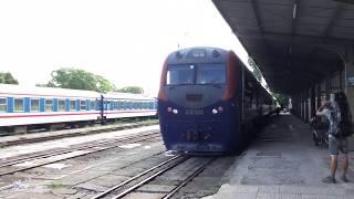 2019.7.27(土)8:02 南寧発ハノイ行きT8701/MR2列車(ハノイのザーラム駅)