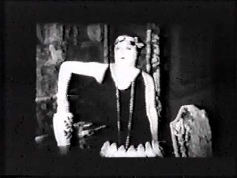 SHOULD MEN WALK HOME? 1927  Mabel Normand, Creighton Hale, Eugene Pallette, Oliver Hardy