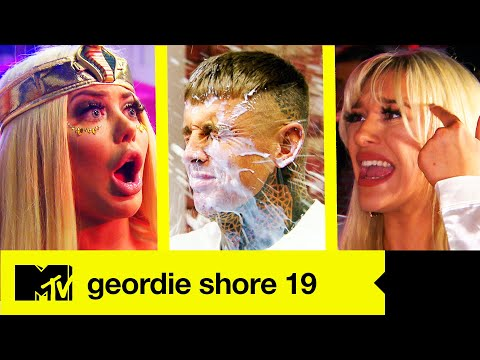 Kick Off Chloe Swills Beau | The Biggest Fights | Geordie Shore 19