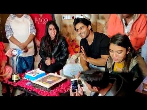 Bigg Boss 12 WINNER Deepika Kakkar's GRAND Celebration With Husband Shoaib Ibrahim & Family