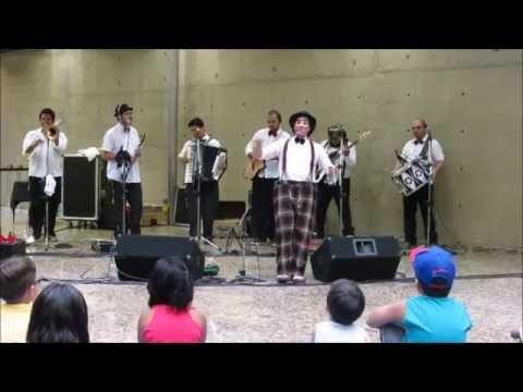 Filustreca - Charanga BuBiÔ, DançÔ! (SESC Santos - Dez/2014)