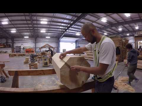 Octagon Roof Fabrication / Daizen Joinery