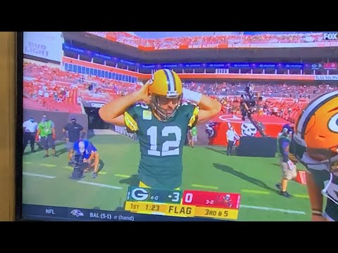 Aaron Rogers Belly-Roll Abs TD Celebration vs. Tampa Bay Bucs Hilarious, And Didn't Count
