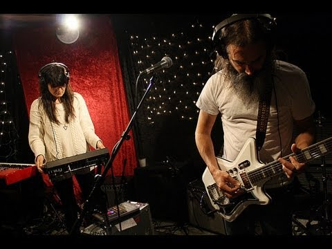 Moon Duo - I Can See (Live on KEXP)