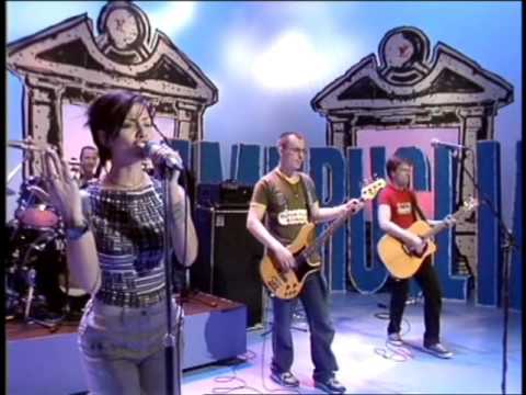 Natalie Imbruglia - Torn  (Live on Recovery 1998)