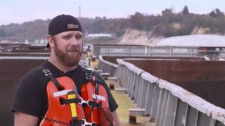 A Day in the Life of a Towboat Crew