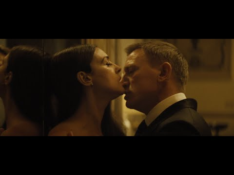Spectre 007 - James Bond - Writing's On The Wall (Sofia Karlberg Cover)