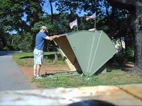 Video motorcycle shelter - YouTube